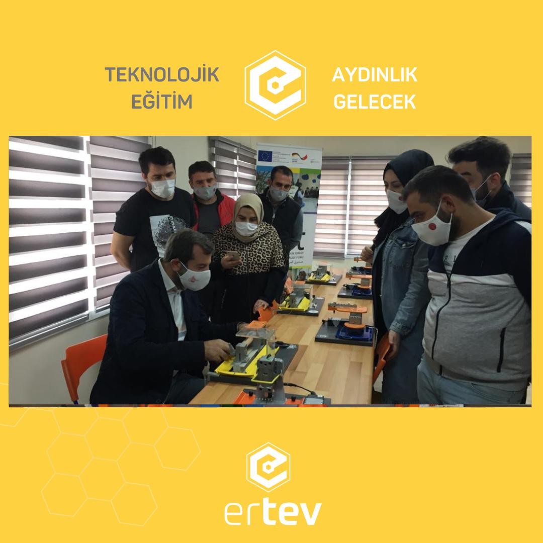 GÜRSU Belediye Başkanı'nın Üreten Çocuklar STEAM Eğitim Merkezimizi  Ziyareti