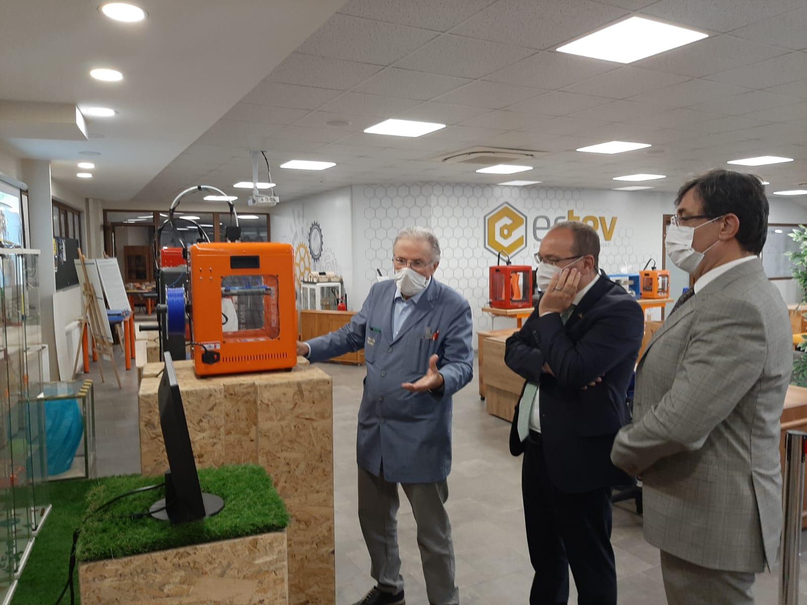 Milli Eğitim Bakanlığı Maarif Müfettişi Denetim Grup Başkanı Sezai Güler Vakfımızı ziyaret etti.